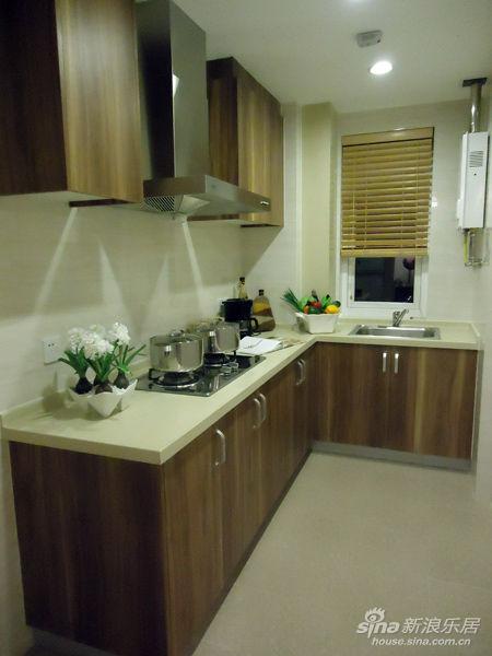 万科云鹭湾慈里90装修三房小户型样板房厨房